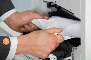 گیر کردن کاغذ داخل دستگاه پرینتر | توسکام نمایندگی HP اچ پی در تهران و مشهد